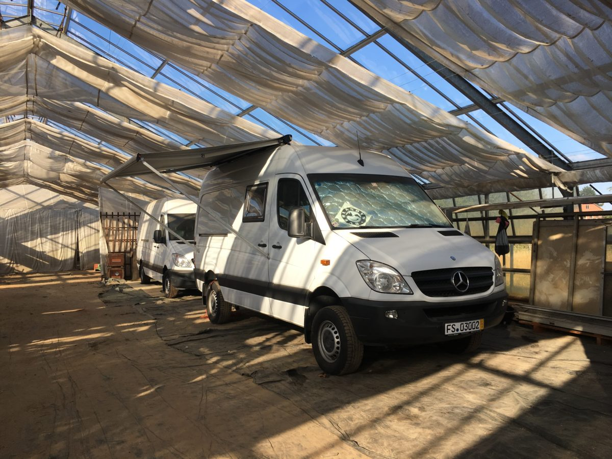 Awning (Part 1) Installation of the Fiamma F65 S
